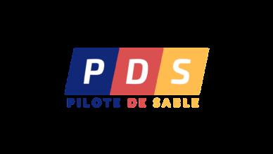 Logo du site Pilote de Sable en version png. Le logo est représenté par 3 couleurs bleue, rouge et jaune.